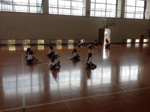 dance01.JPG