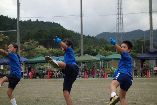 運動会 低学年ダンス.jpg